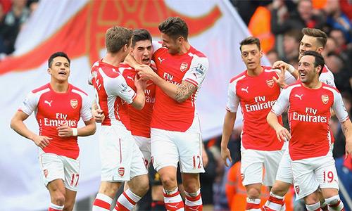 Arsenal không thật sự thành công về mặt thứ bậc ở Ngoai hạng Anh, nhưng trong năm 2015, họ là đội đạt điểm sốt tốt nhất giải.