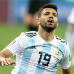 Thất bại thảm hại, Aguero nổi giận với HLV Jorge Sampaoli