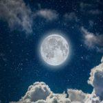 Điềm báo của giấc mơ thấy trăng